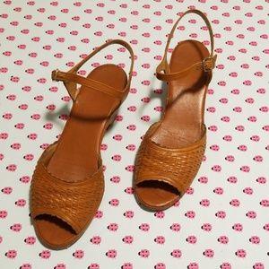 Joyce, 7.5N, tan wedge like shoe,EUC